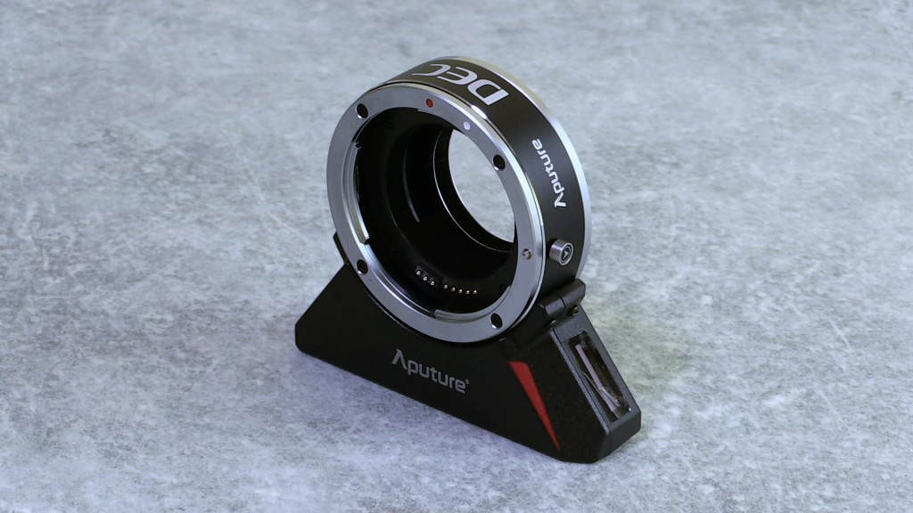 Aputure DEC lens adapter